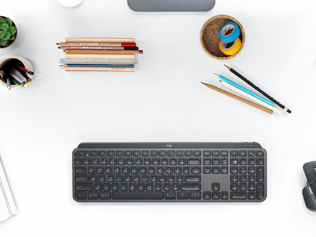 Mouse dan Keyboard Premium Logitech Dirilis di Indonesia