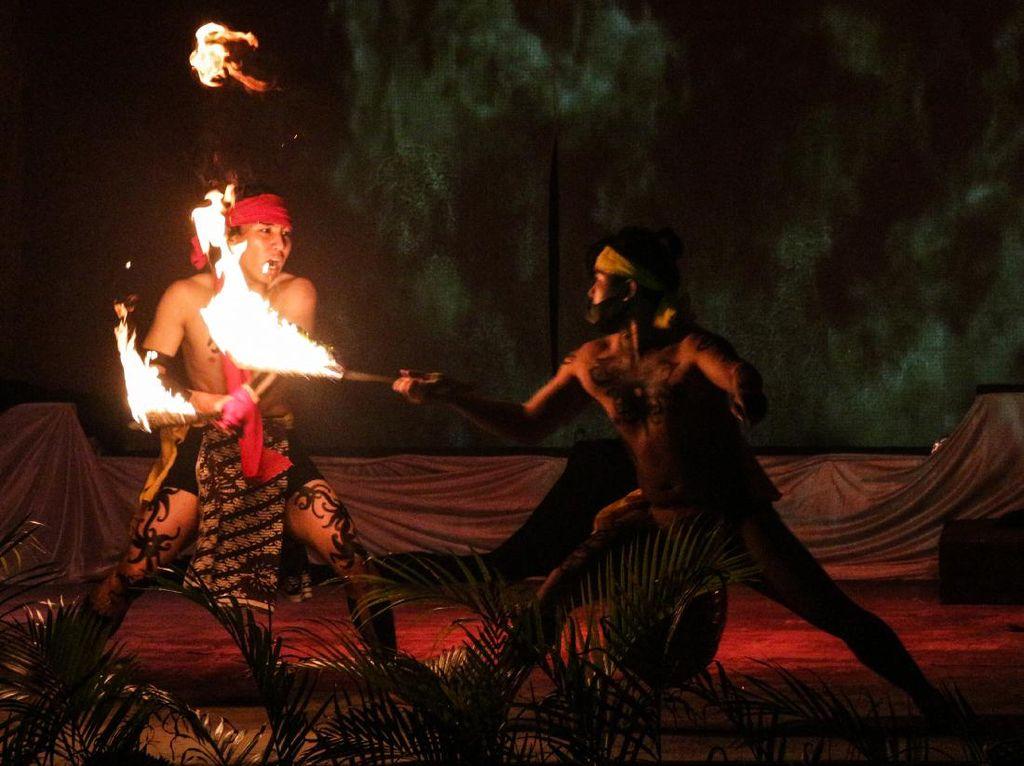 Potret Sendratari Pertempuran Terakhir Suku Dayak