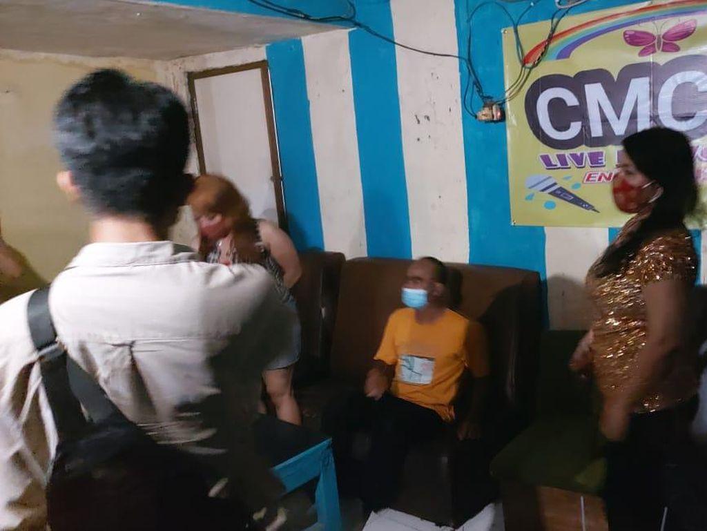 Kafe Dangdutan di Pancoran Digerebek, Pemilik hingga Biduan Diangkut