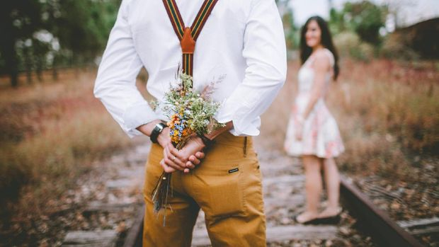 tipe kepribadian ESFJ memiliki sifat romantis