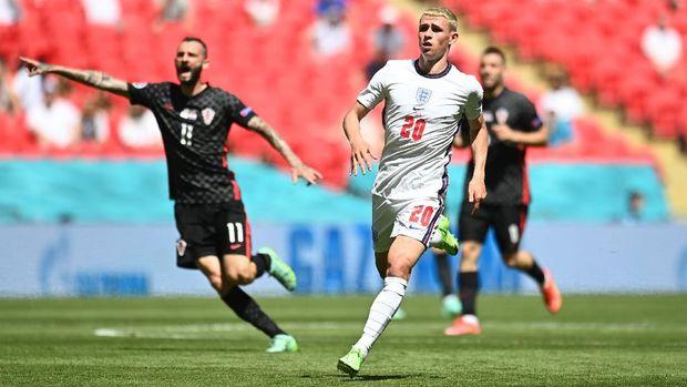 Soccer Football - Euro 2020 - Group D - England v Croatia - Wembley Stadium, London, Britain - June 13, 2021  England's Phil Foden in action Pool via REUTERS/Andy Rain