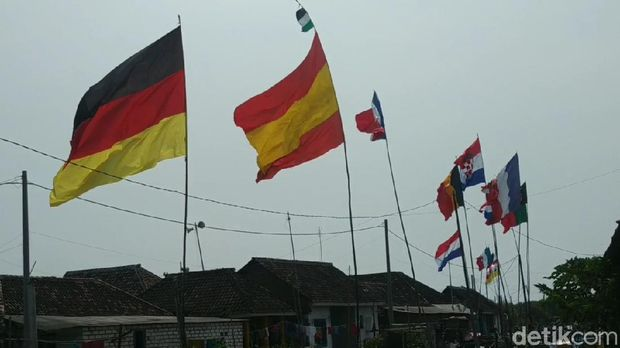 Kampung di Pasuruan, Jawa Timur,  demam Euro 2020.
