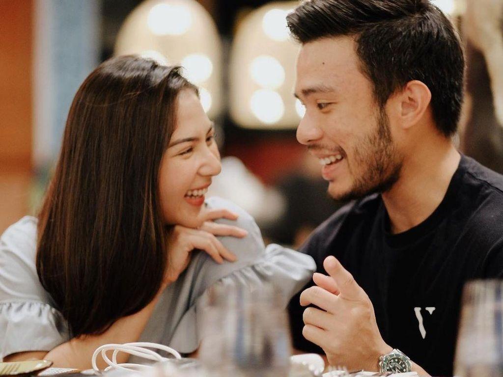 10 Potret Mesra Jessica Mila dan Yakup Hasibuan