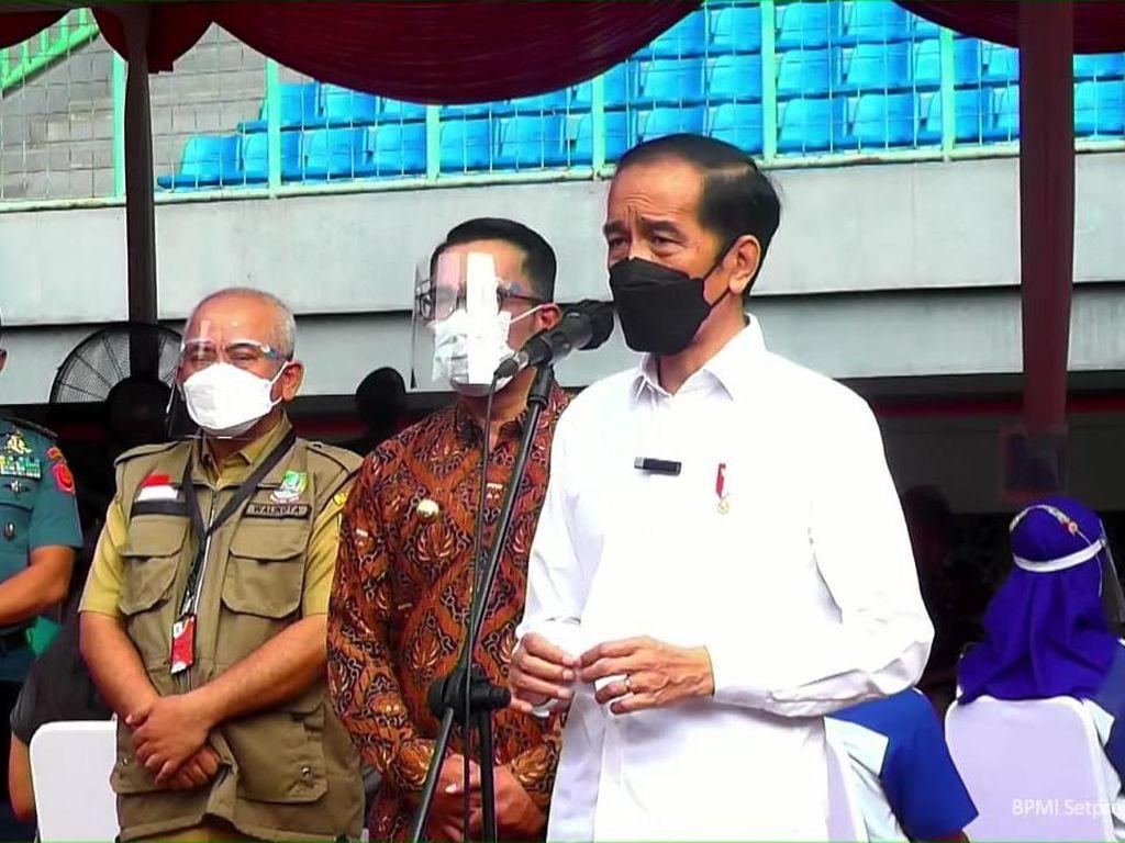 Jokowi Ungkap Puluhan Triliun Bansos Belum Dicairkan: Rakyat Menunggu!