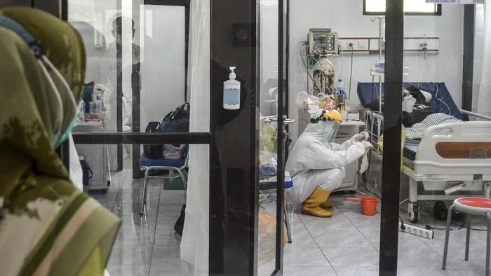 COVID-19が狂ったように急上昇!病院は入院期間を短縮! COVID-19   新型コロナ