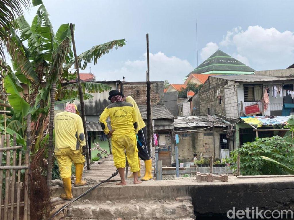 Anggota DPRD Minta Perbaikan Jembatan Reyot di Kebon Jeruk Tak Molor