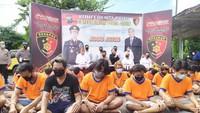 Arahan Jokowi ke Polri Berujung Jerat Ribuan Pelaku Pungli-Preman