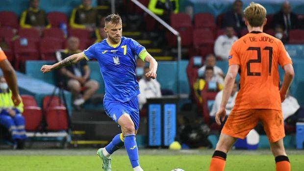 Soccer Football - Euro 2020 - Group C - Netherlands v Ukraine - Johan Cruyff Arena, Amsterdam, Netherlands - June 13, 2021 Ukraine's Andriy Yarmolenko scores their first goal Pool via REUTERS/Piroschka Van De Wouw