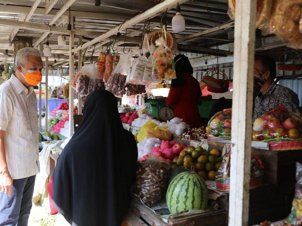Sidak Prokes di Jepara, Ganjar: Jangan Pernah Lepas Masker!
