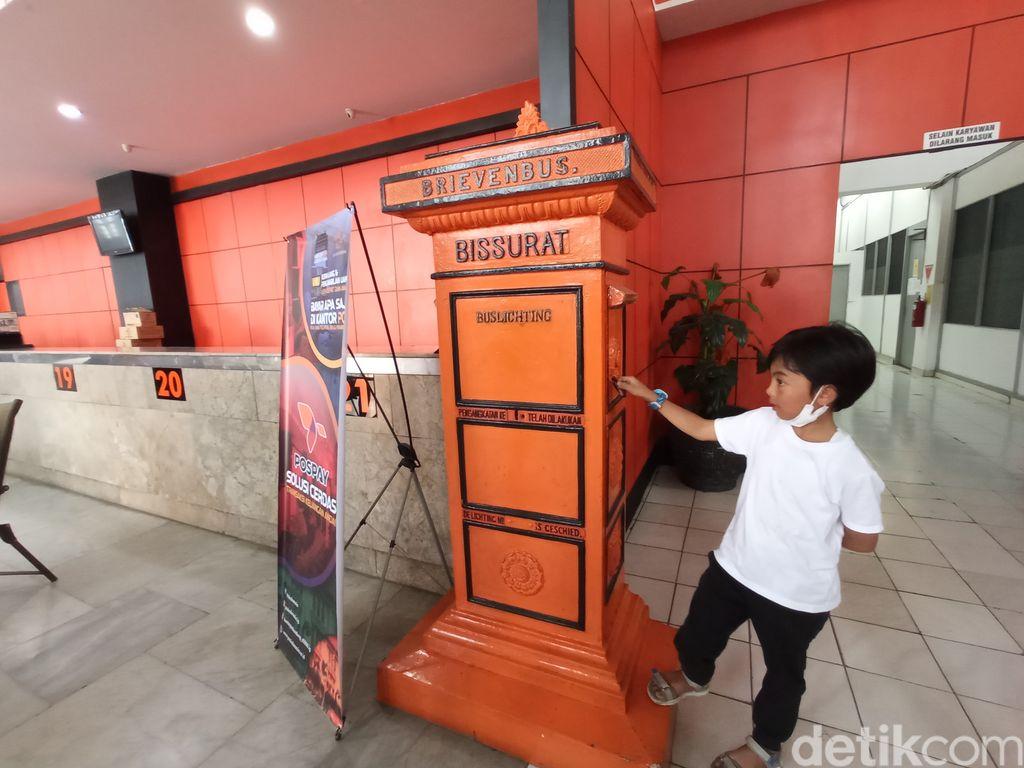 Bandung Post Office