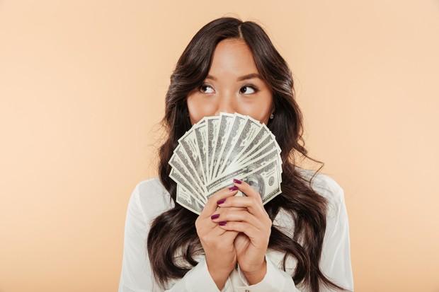 Pendapatan dan kesejahteraan penting untuk dipertimbangkan agar tidak menemui ketimpangan ketika bekerja.