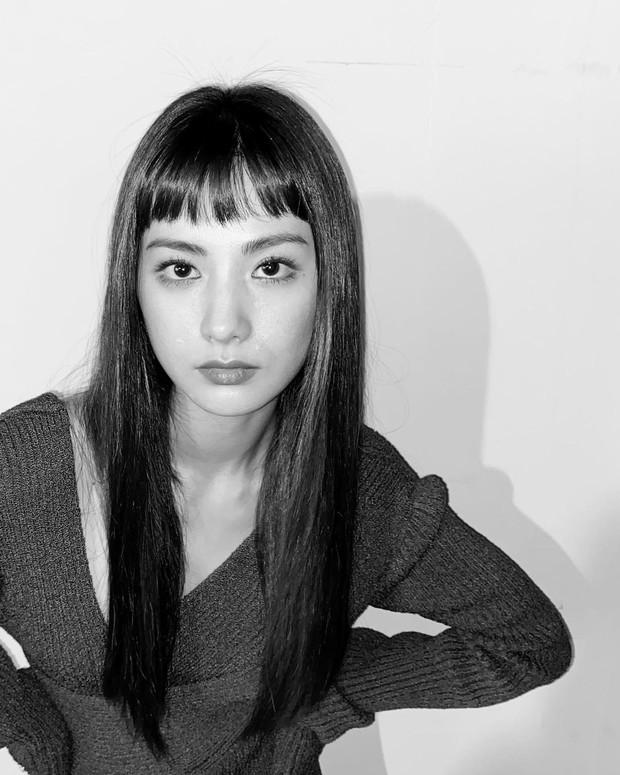 Style rambut panjang Nana After School
