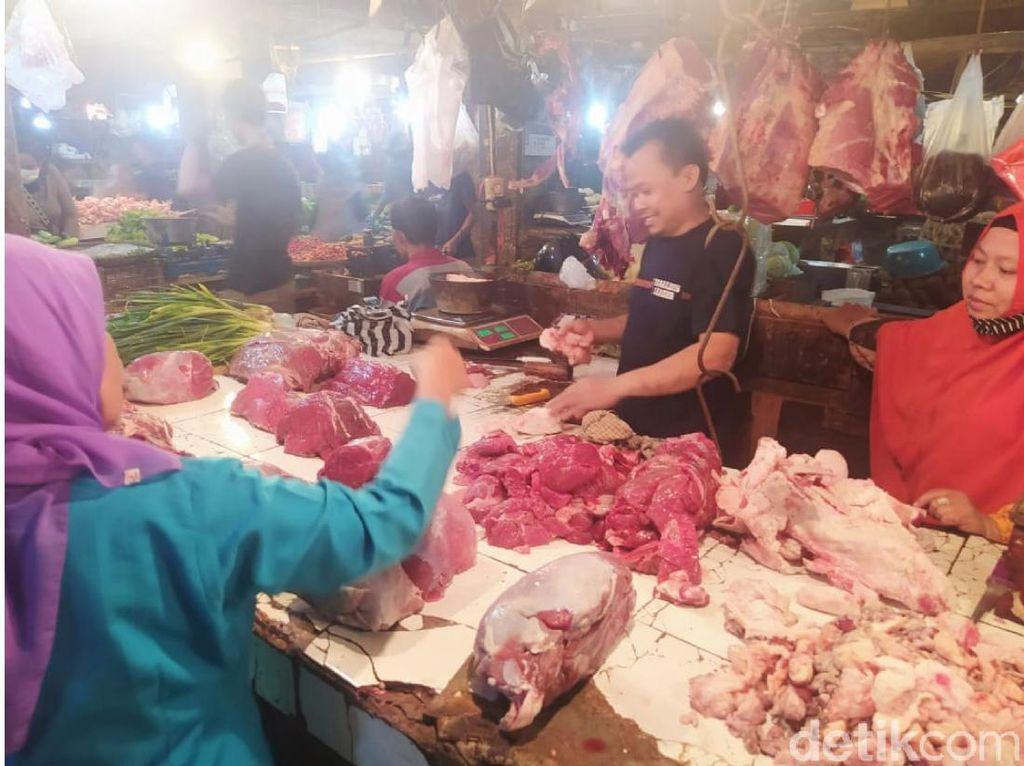 Tolak Wacana PPN Sembako, Pedagang Cianjur: Pikirkan Rakyat Kecil!