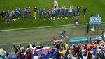 Lewandowski Gigit Jari, Polandia Disikat Slovakia