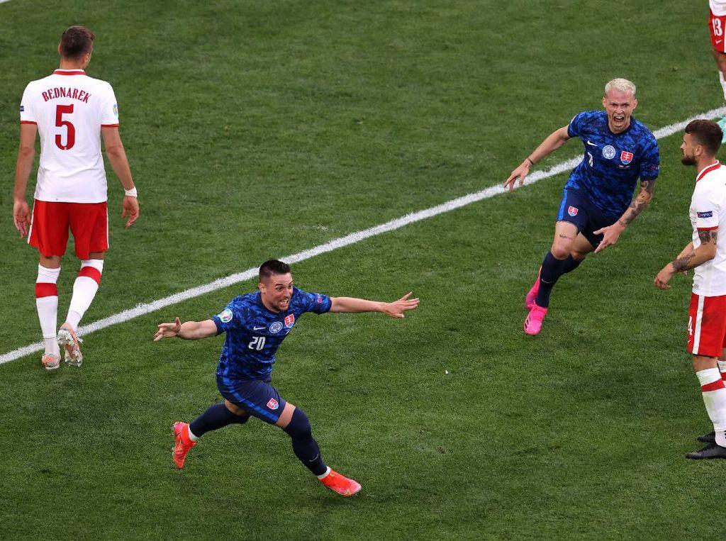 Hasil Polandia vs Slovakia: Lewandowski Cs Kalah 1-2