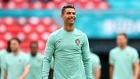 Viral Cristiano Ronaldo Dikejar Petugas, Dicek Tanda Pengenalnya