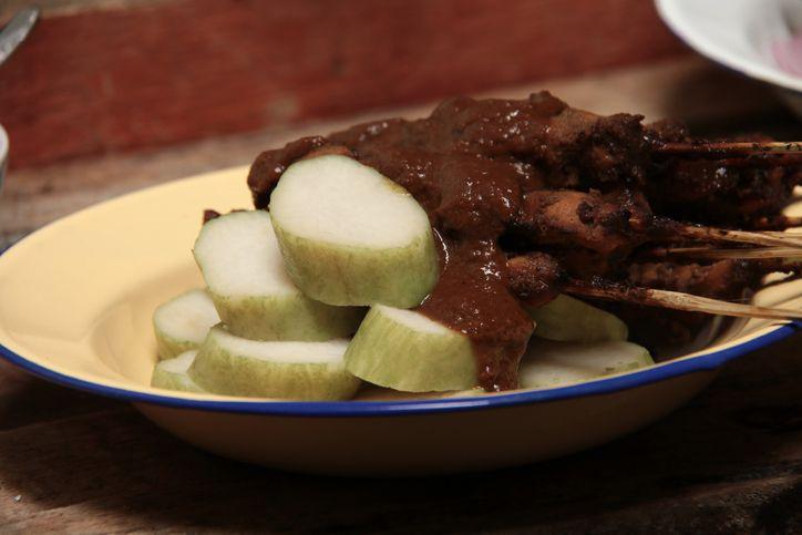 5 Warung Sate Ayam Madura di Jakarta untuk Santap Siang