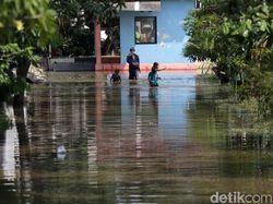 Banjir Rendam Perumahan Pondok Hijau Permai Bekasi