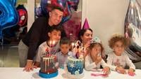Cristiano Ronaldo Sosok Family Man yang Hobi Makan Bareng Keluarga
