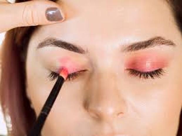 Jenis Warna Eyeshadow Palette