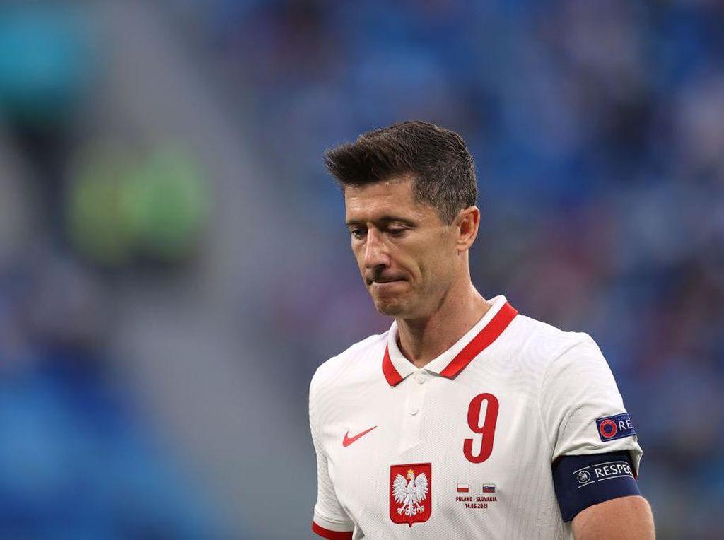 Spurs Ingin Pertahankan Kane, Man City Kini Bidik Lewandowski?