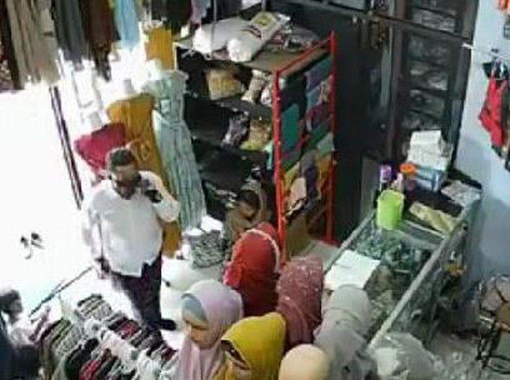 Penjaga Toko Baju di Kota Probolinggo Kena Hipnotis, Uang dan HP Raib
