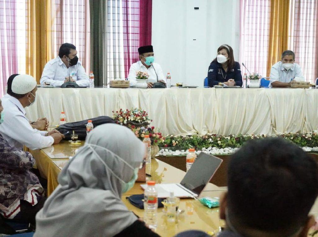 Detik-detik Bupati Aceh Besar Tegur Utusan Kemenkes Gegara Hijab
