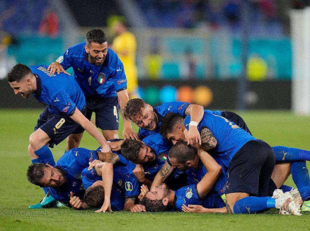 Oezil: Italia Mainnya Keren Banget!