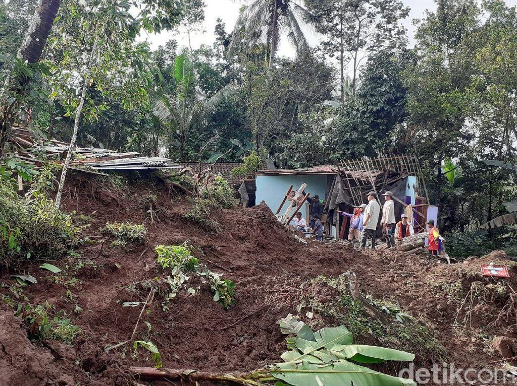 Longsor Terjadi di Banyuwangi, Satu Korban Tewas Tertimbun