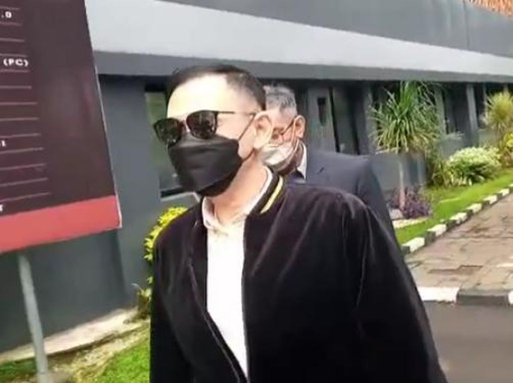 Lucky Aalamsyah Hadiri Pemeriksaan Terkait Laporan Roy Suryo