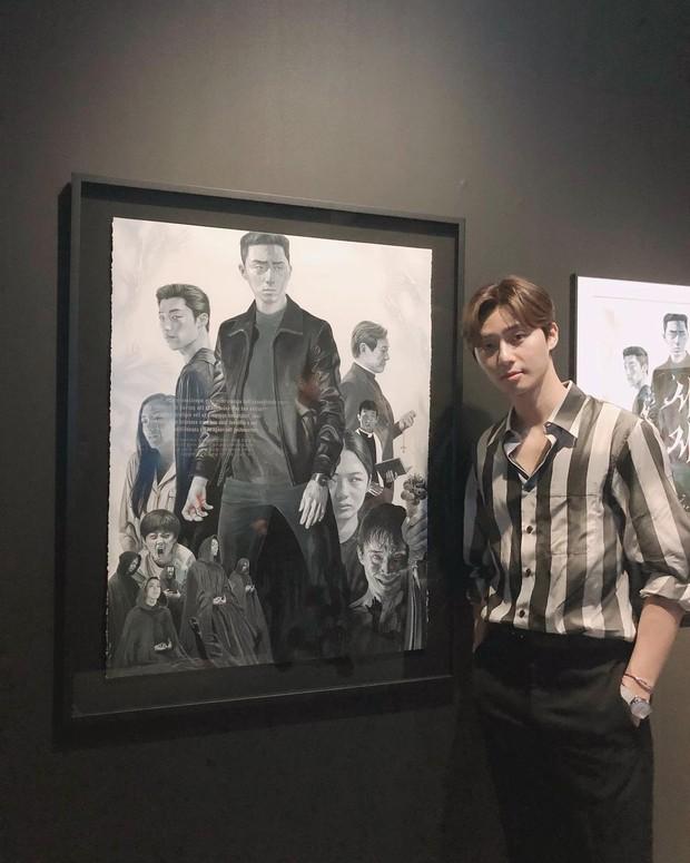 Park Seo Joon sebagai Yong Hoo di film 'The Divine Fury'