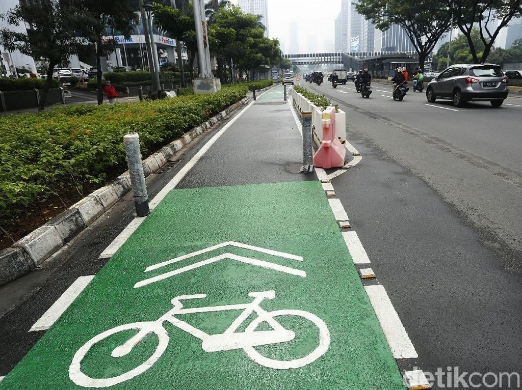 Fakta-fakta Jalur Sepeda Sudirman: Anggaran Rp 28 M, Kini Bakal Dibongkar