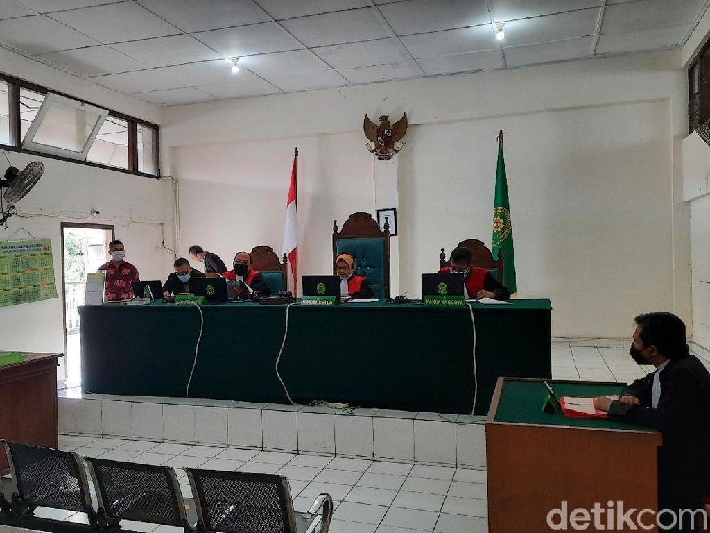 Bawa 25 Kg Sabu dari Aceh-Sumsel, Taufik Hidayat Divonis Mati