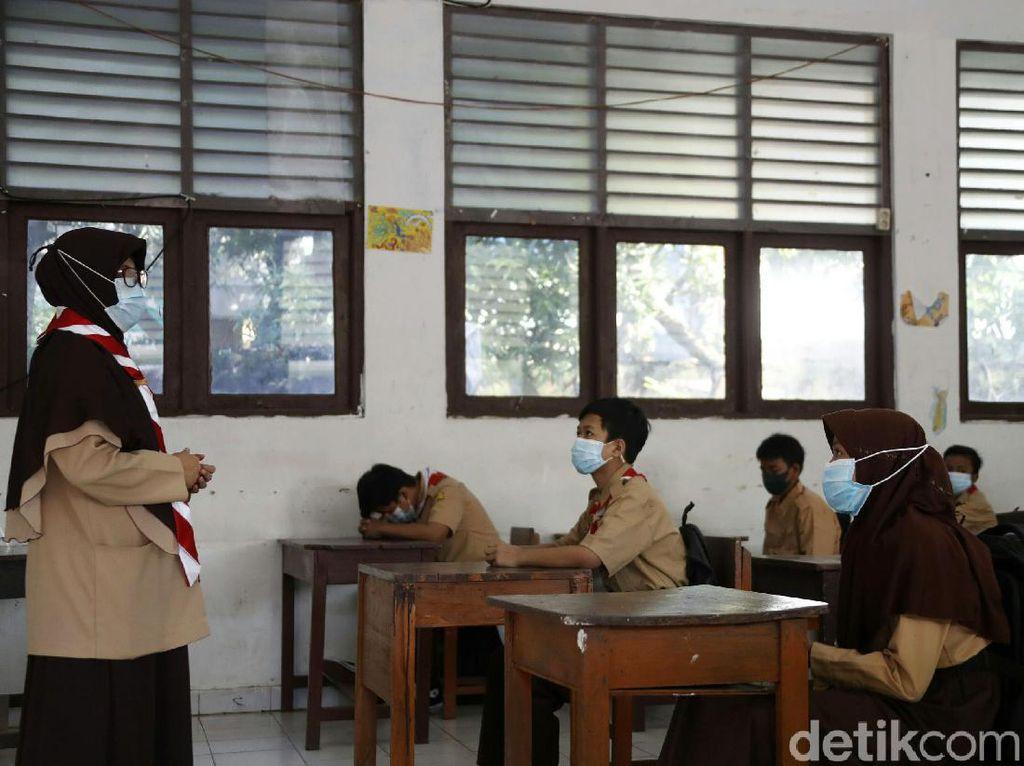Beda PNS dengan PPPK Guru, Buat yang Lagi Persiapan Seleksi CPNS 2021