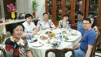 Ahok Doyan Banget Pisang dan Dukung Bisnis Coffee Shop sang Anak
