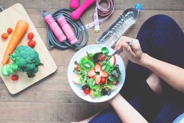 eat health (sumber : freepik)