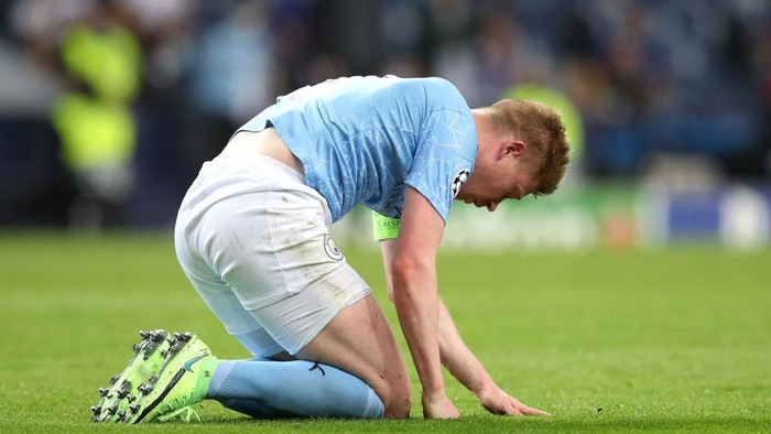 PORTO, PORTUGAL - MAY 29: Kevin De Bruyne of Manchester City reacts during the UEFA Champions League Final between Manchester City and Chelsea FC at Estadio do Dragao on May 29, 2021 in Porto, Portugal. (Photo by Jose Coelho - Pool/Getty Images)