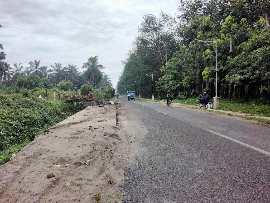 Petugas Berjaga, Tak Ada Lagi Tumpukan Sampah Mengular di Jalanan Asahan