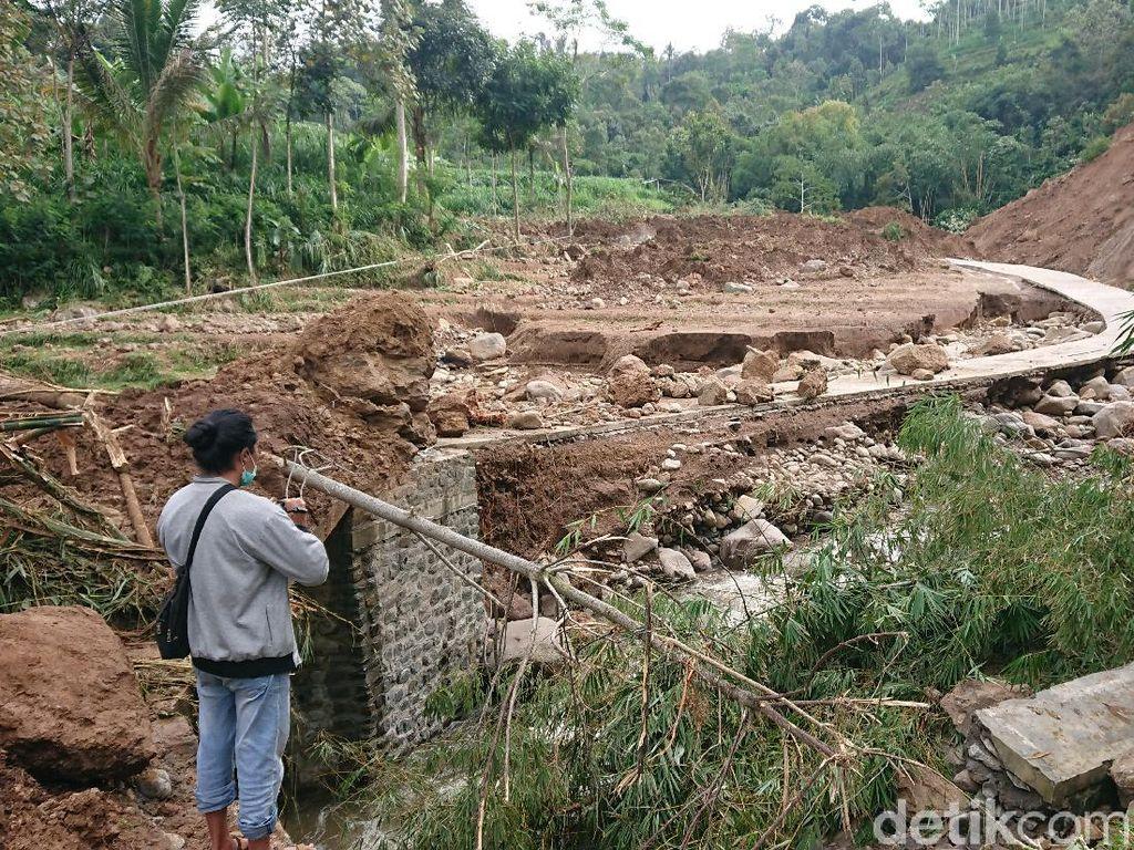 Longsor di Tulungagung Ganggu Irigasi 171 Hektare Lahan Pertanian