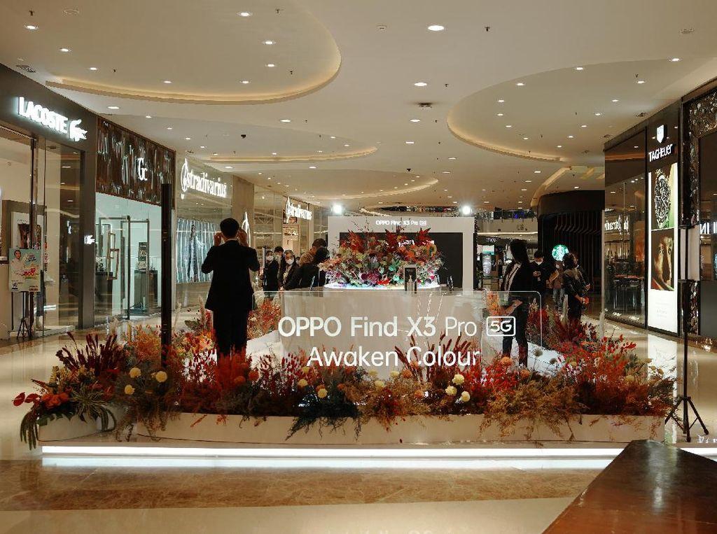 Penjualan Perdana OPPO Find X3 Pro 5G Dimeriahkan dengan Finders Book