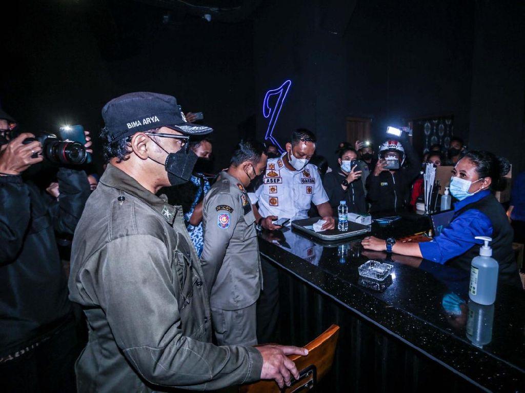 Langgar Aturan Jam Operasional, 3 Kafe di Bogor Didenda