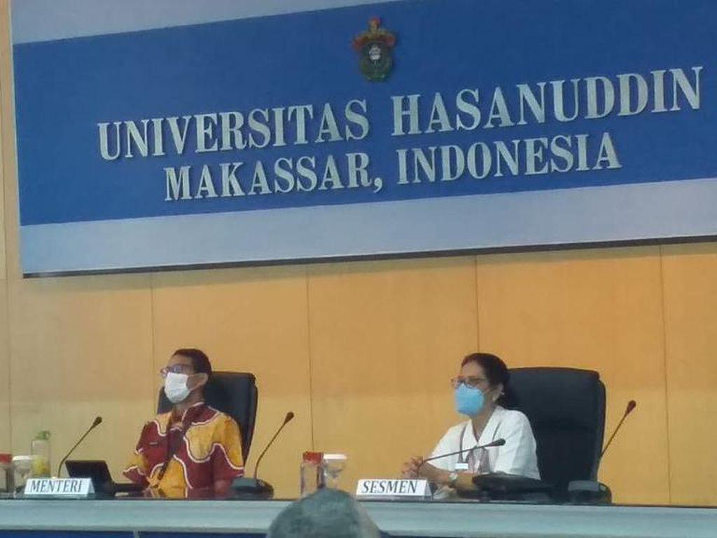 Dinas ke Makassar, Sandiaga Sempatkan Mampir ke Unhas