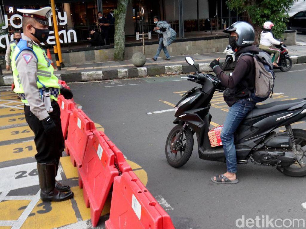 Jalanan di Kota Bandung Ditutup, Bagaimana Akses Tol?