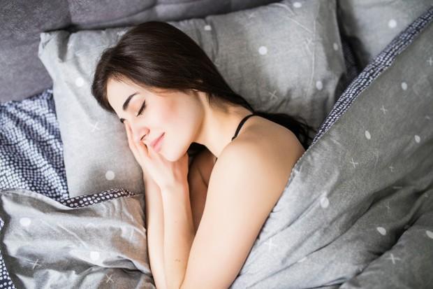 sleep well (sumbr : freepik)