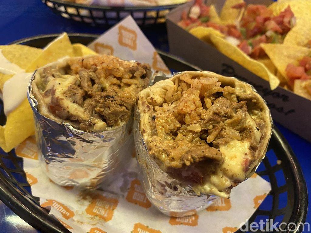 Makan Taco dan Burrito Super Enak dengan Con Salsa Meksiko yang Segar!