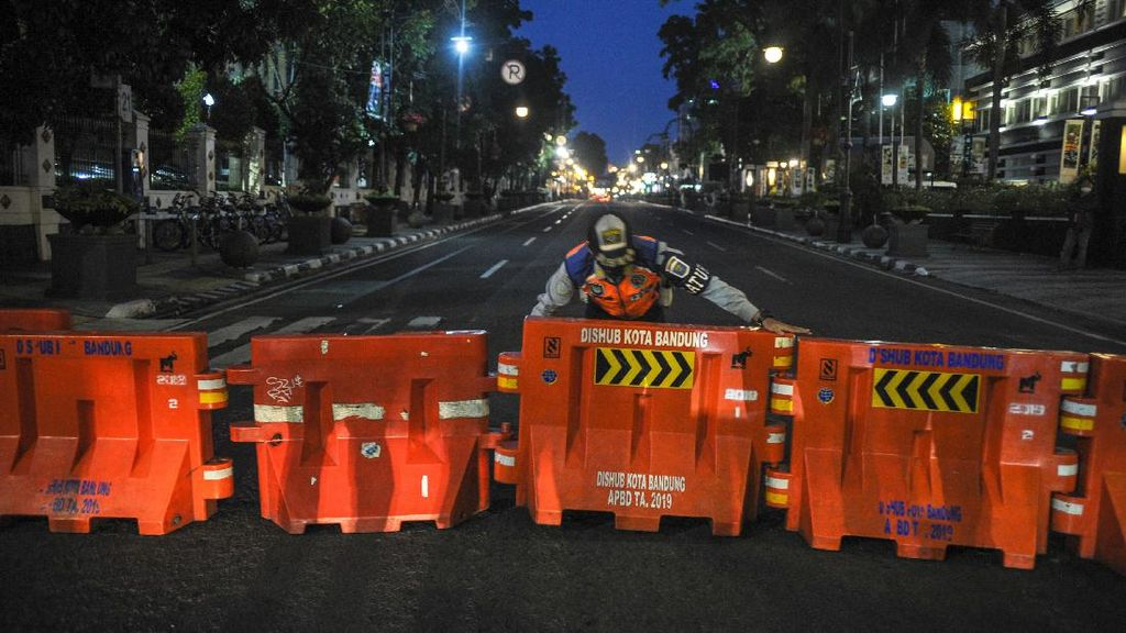 Waspada Corona, Jalan Protokol di Kota Bandung Ditutup 2 Pekan