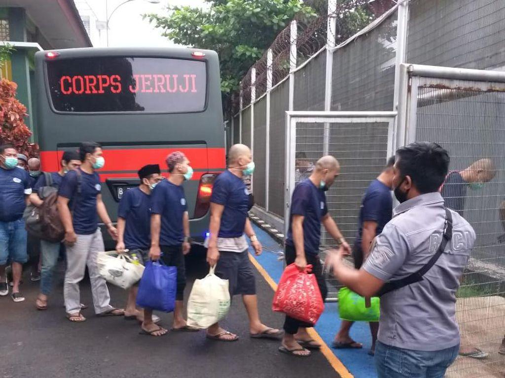 19 Napi Narkoba LP Cipinang Dipindahkan ke Nusakambangan