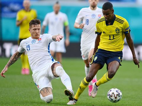 SAINT PETERSBURG, RUSSIA - JUNE 18: Alexander Isak of Sweden is challenged by Lubomir Satka of Slovakia during the UEFA Euro 2020 Championship Group E match between Sweden and Slovakia at Saint Petersburg Stadium on June 18, 2021 in Saint Petersburg, Russia. (Photo by Kirill Kudryavtsev - Pool/Getty Images)