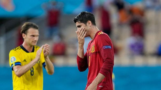 SEVILLE, SPAIN - JUNE 14: Alvaro Morata of Spain reacts after missing a chance during the UEFA Euro 2020 Championship Group E match between Spain and Sweden at the La Cartuja Stadium on June 14, 2021 in Seville, Spain. (Photo by Thanassis Stavrakis - Pool/Getty Images)