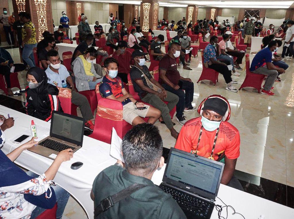 Jelang PON, Jokowi Ingin Vaksinasi di Papua Digenjot